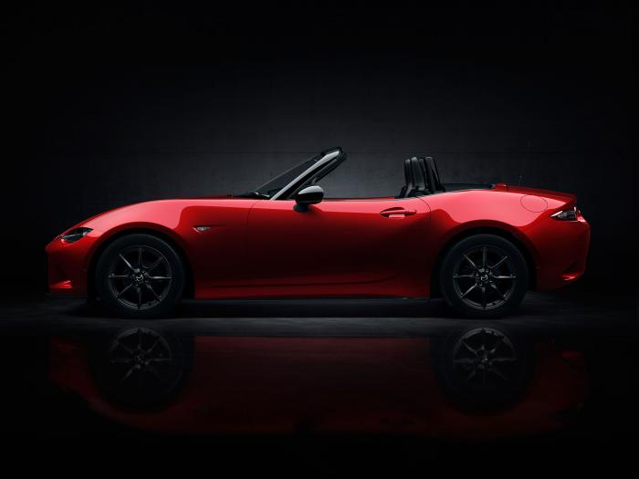 Mazda MX-5 profile