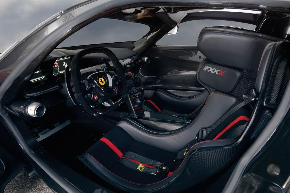 Ferrari FXX K interior