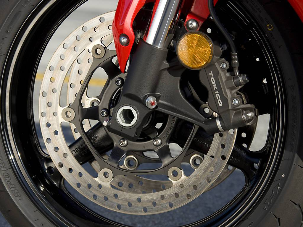 How motorcycle brakes work