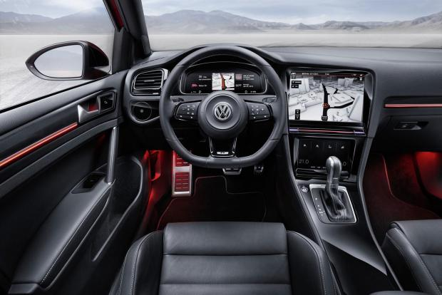 Volkswagen Golf R Touch CES 2015